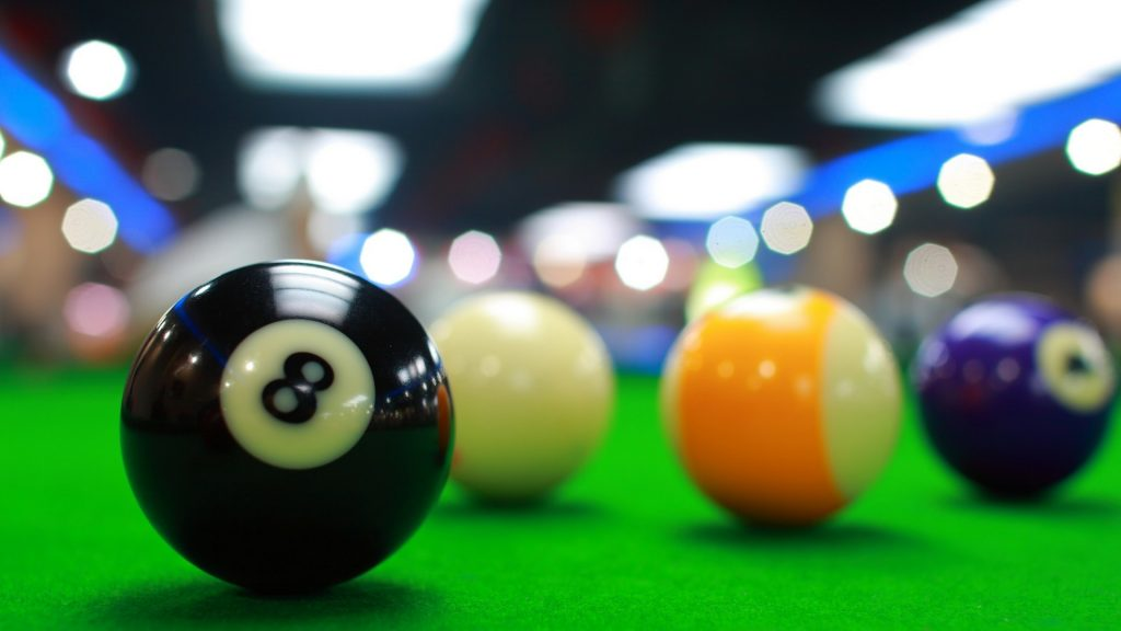 8 Ball Pool Closer look of the balls